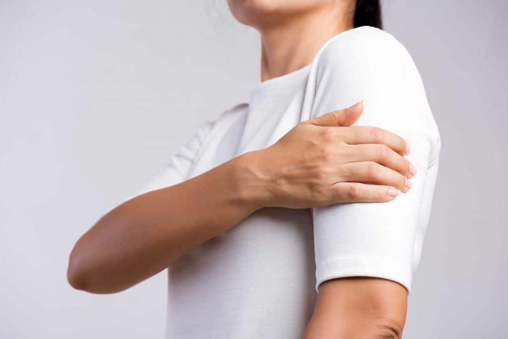 pain in arm muscle weakness