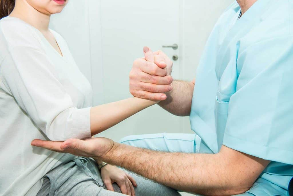 physical therapist for pain mnd